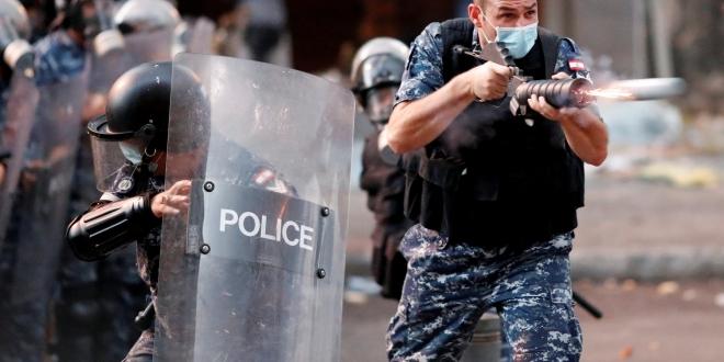 مواجهات بين المتظاهرين وقوات الأمن في بيروت